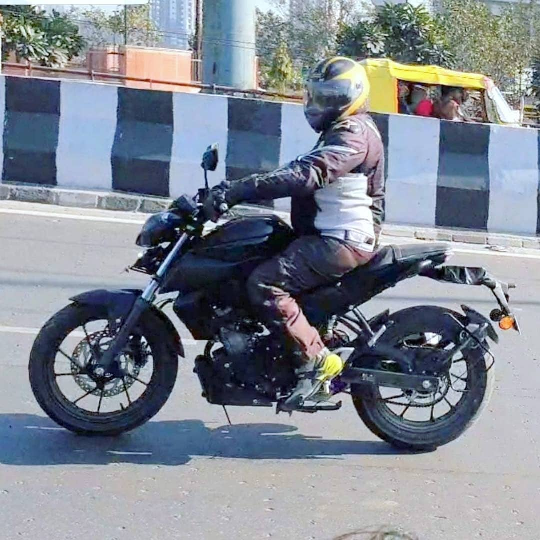 Spied Yamaha Mt 15 Spotted In India Could Be Launched
