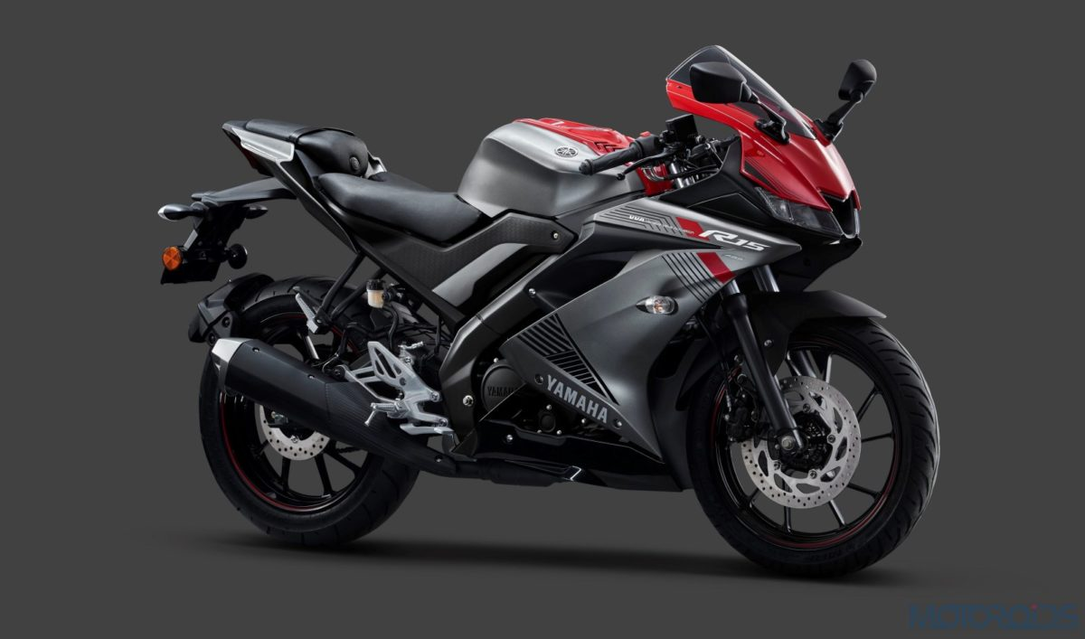 Yamaha YZF-R15 V3 Gets Dual Channel ABS And A New Darknight Colour