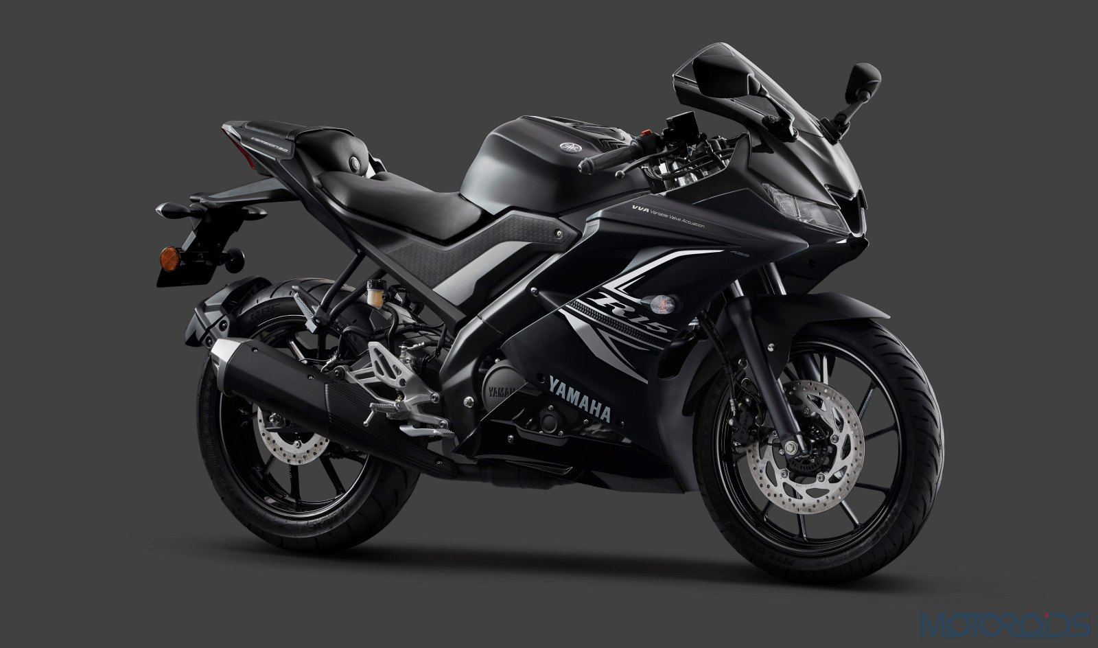 Yamaha YZF-R15 V3 Gets Dual Channel ABS And A New Darknight