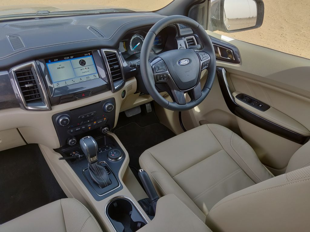 2019 Ford Endevour dash from top