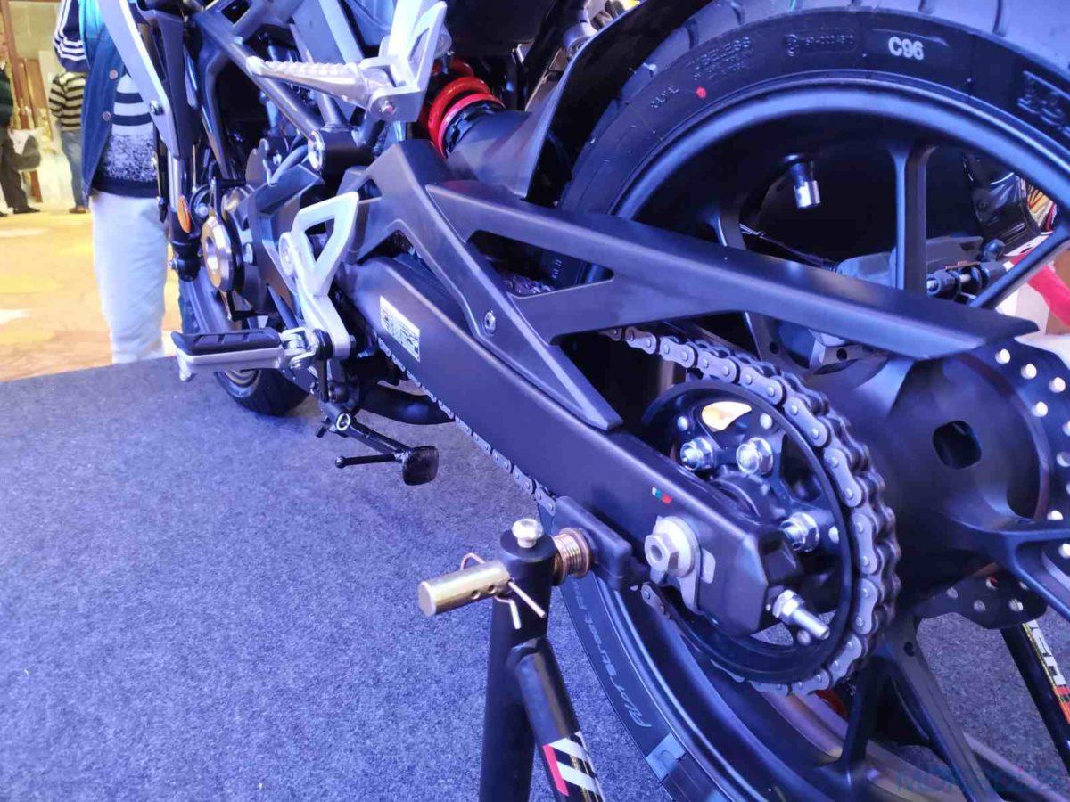 Honda CB300R India rear sprocket and swingarm(9)