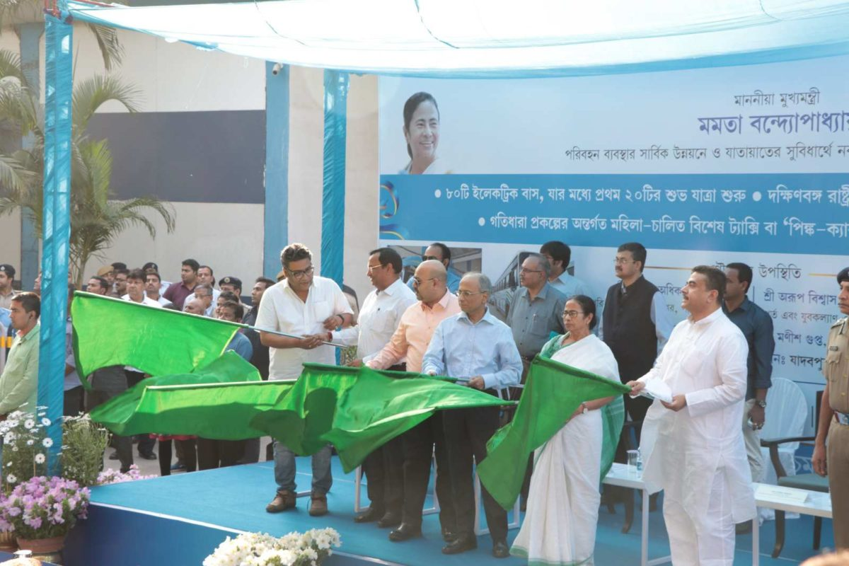 Honourable CM Smt. Mamta Banerjee flags off the 1st Electric Bus by Tata Motors in Kolkata
