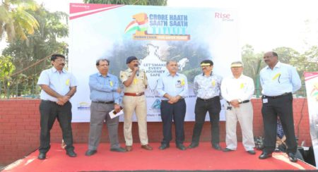 Mahindra reiterates commitment toward Road Safety with #1CroreHaathSaathSaath - Picture 02 (1)