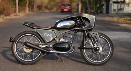 This Modified Café Racer Pays A John Player Special Tribute To The Rajdoot 175