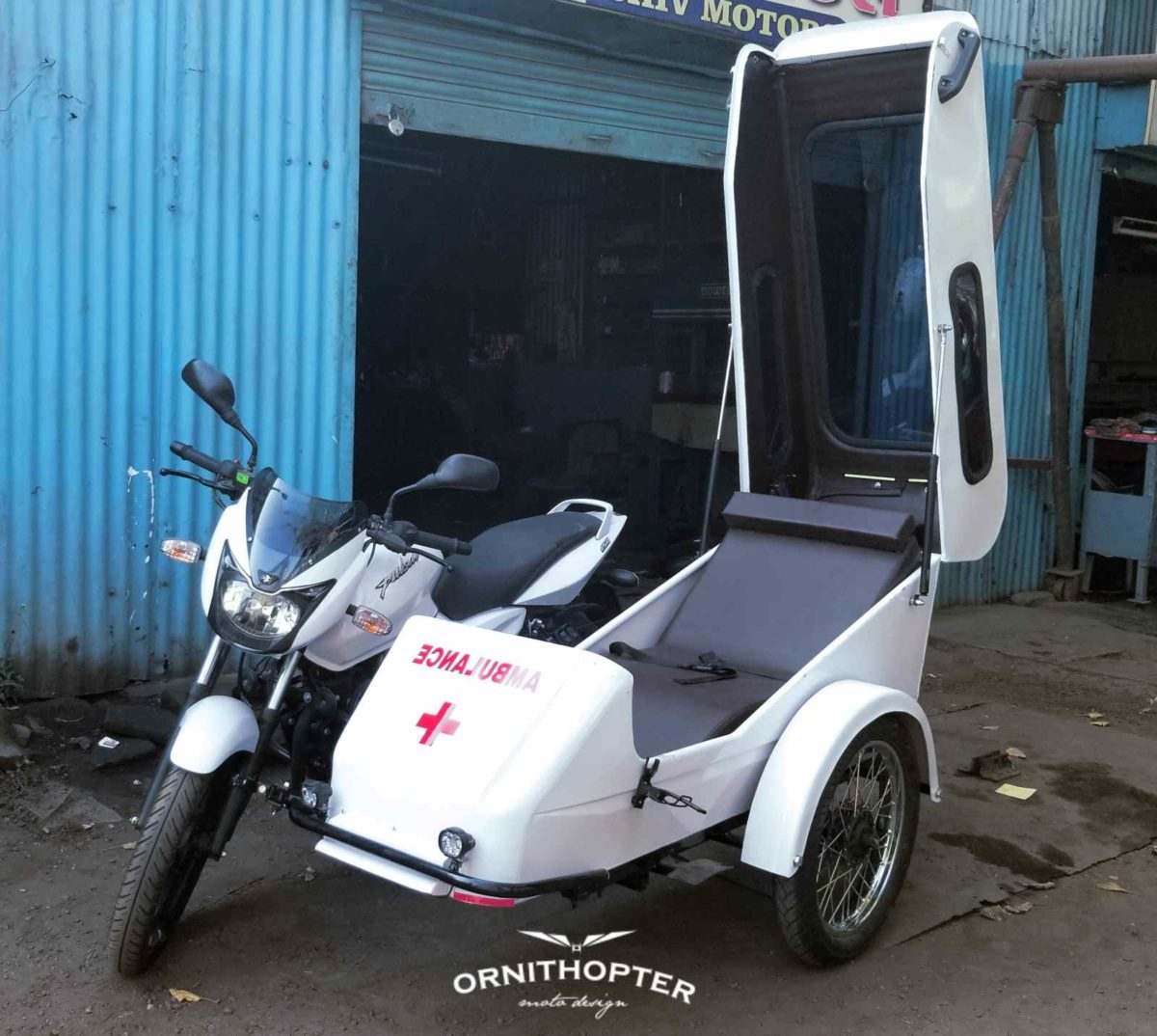 Pulsar Ambulance pod open