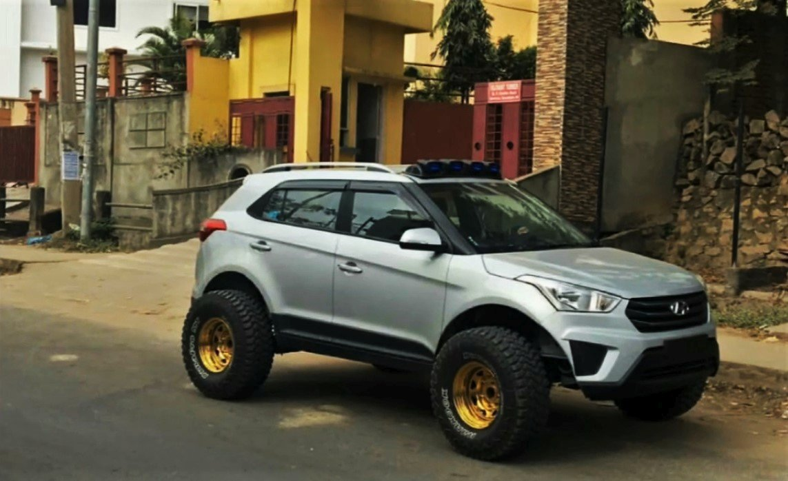 modified hyundai creta with monster tyres side profile