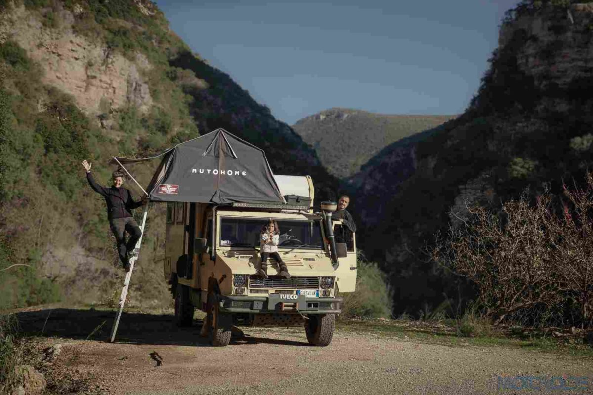 theworldoffroad_temperidis van and tent