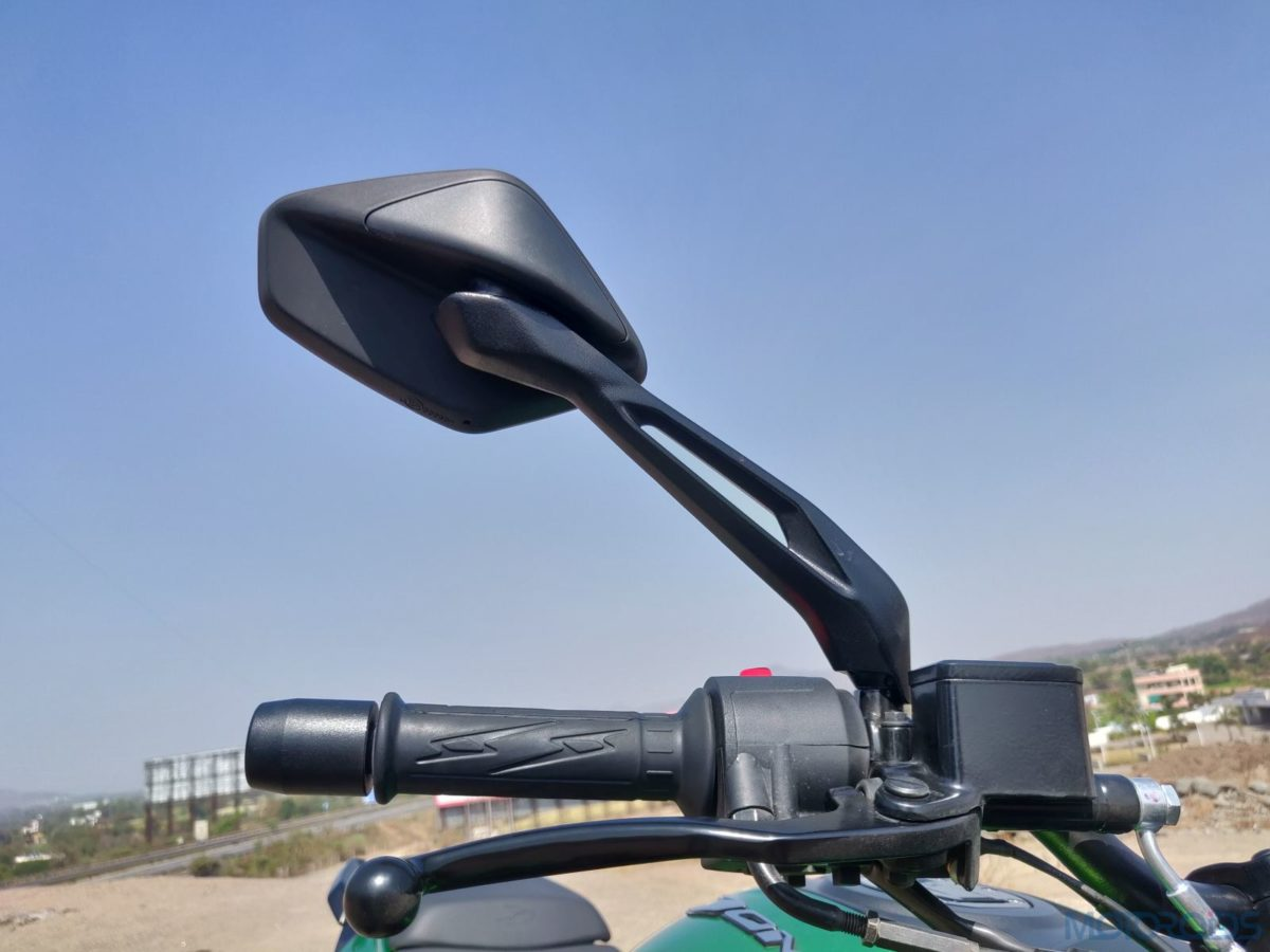 2019 Bajaj Dominar mirror stalks