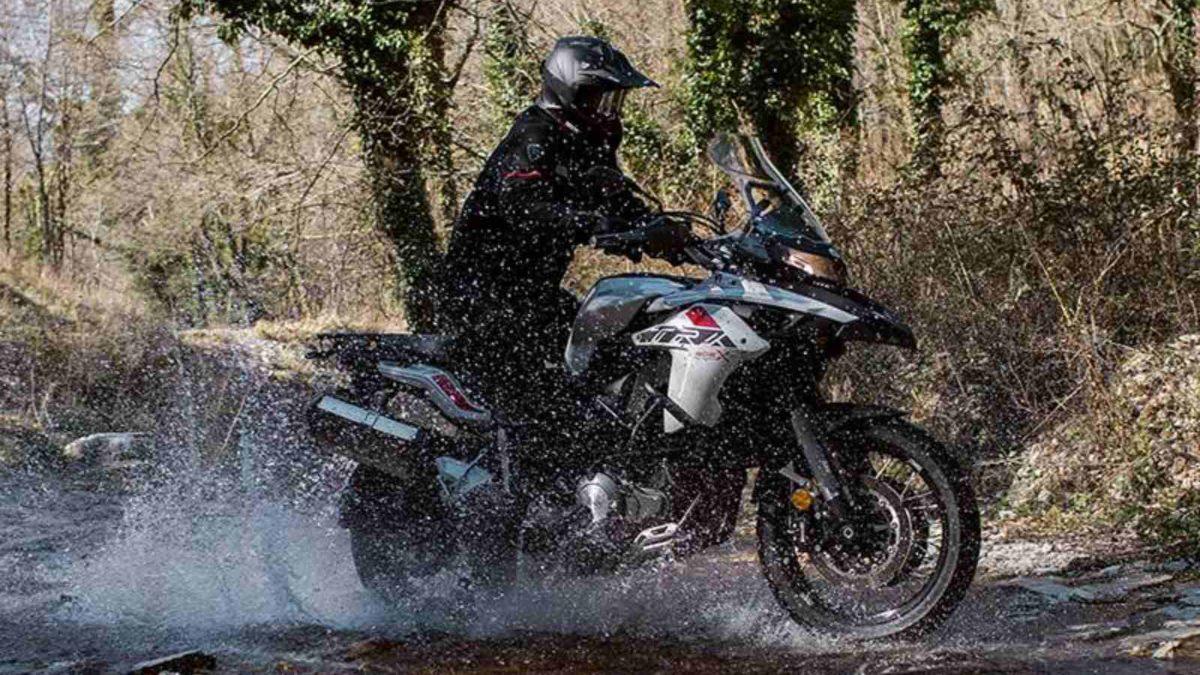 Benelli TRK 502X splashing through water