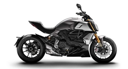 Ducati Diavel 1260 side profile
