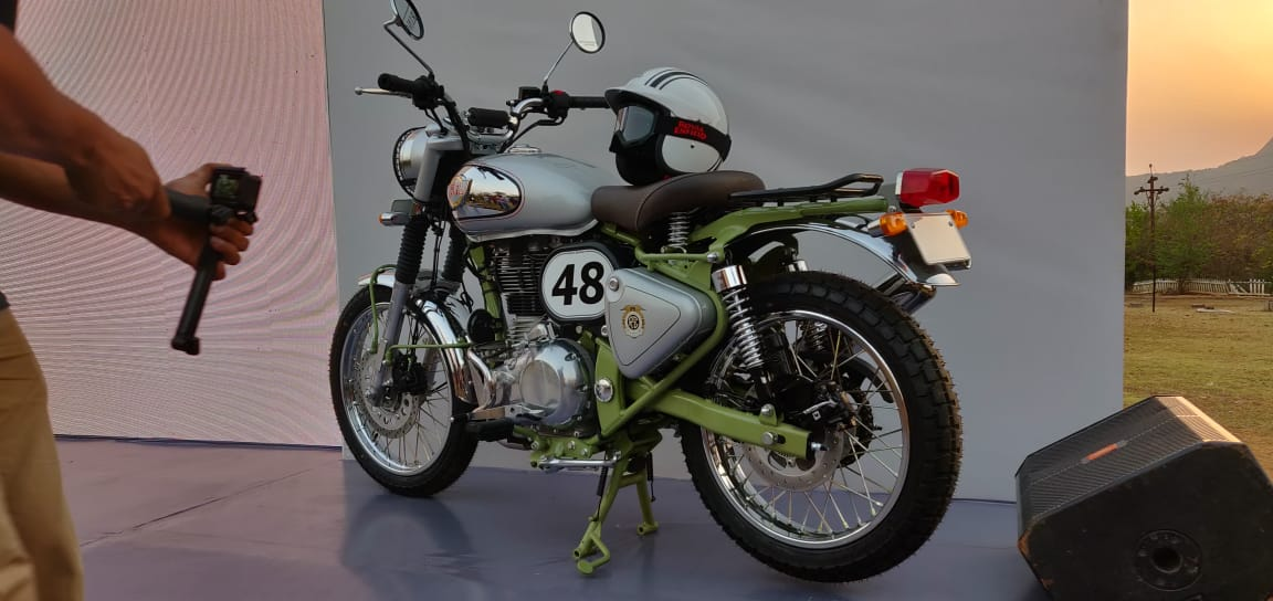 Royal Enfield Bullet Trials 500 side mid