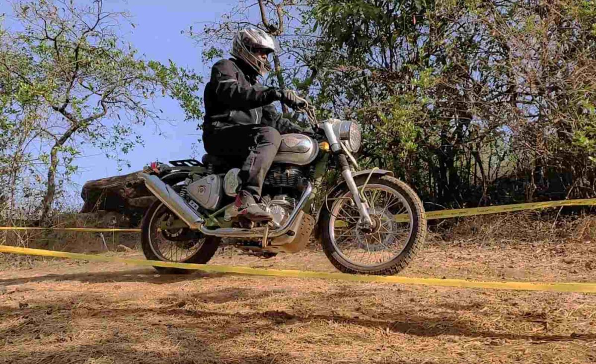 Royal Enfield Bullet Trials side profile