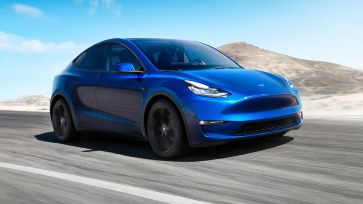 the tesla model y is a crossover based on the model 3 motoroids. Black Bedroom Furniture Sets. Home Design Ideas