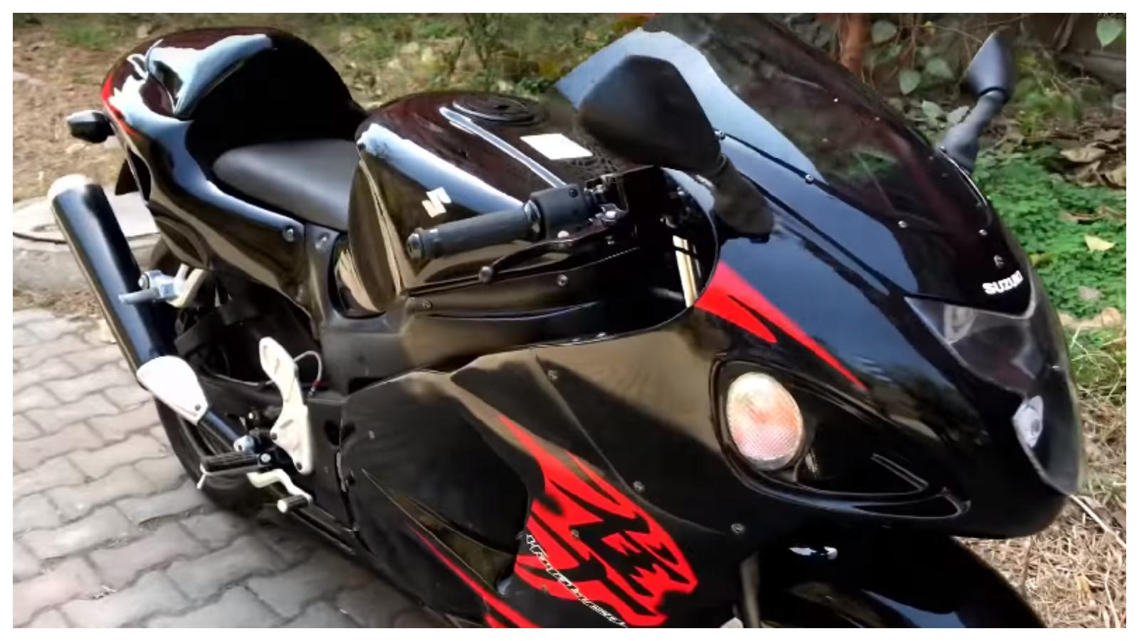 It Takes INR 90,000 To Transform A 180cc Bike Into A Suzuki