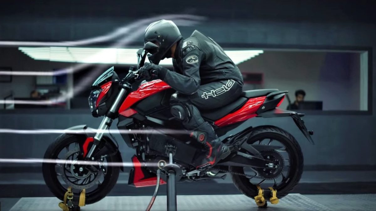 2019 Bajaj Dominar Glossy Red