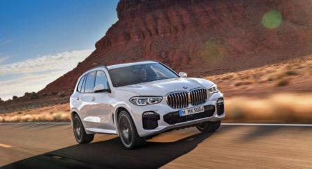 4th Generation BMW X5 rolling front quarter