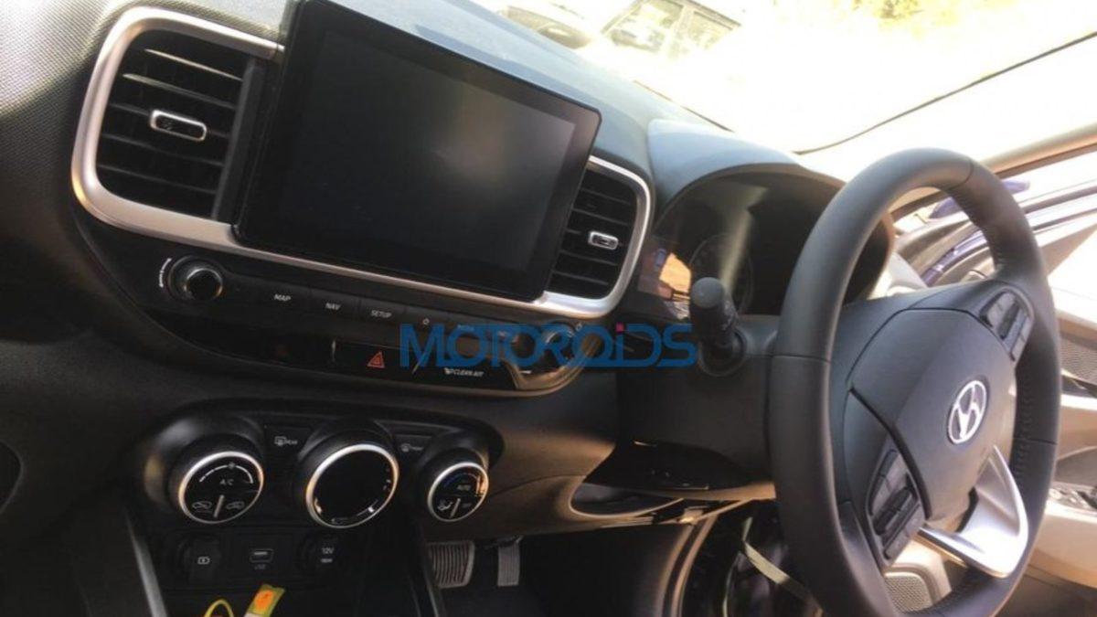 Hyundai Venue DCT Cabin