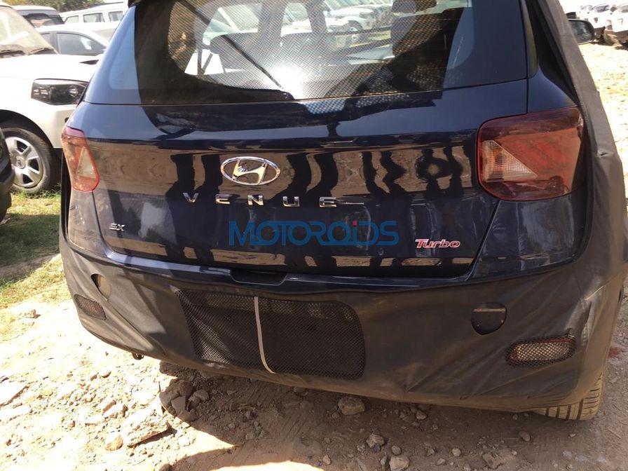 Hyundai Venue spied rear