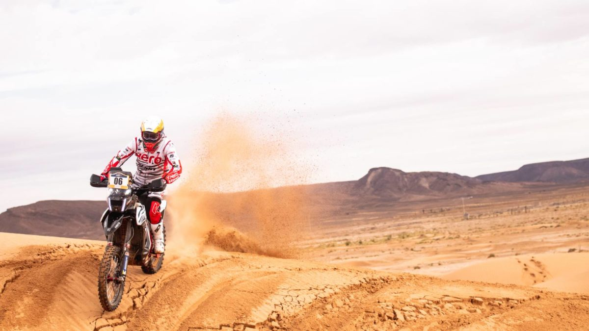 Joaquim Rodrigues riding in Merzouga Rally