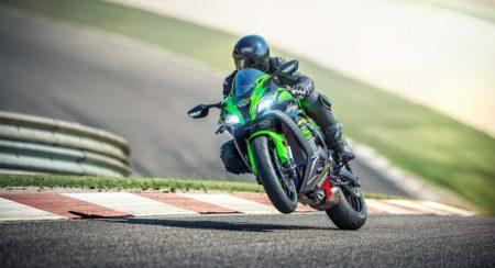 MY 2020 Kawasaki Ninja front rolling wheelie