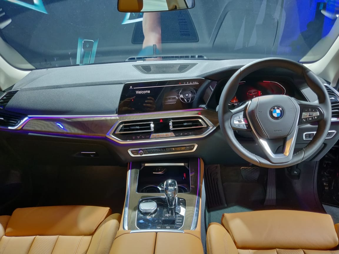 2019 BMW X5 INdia Launch cabin