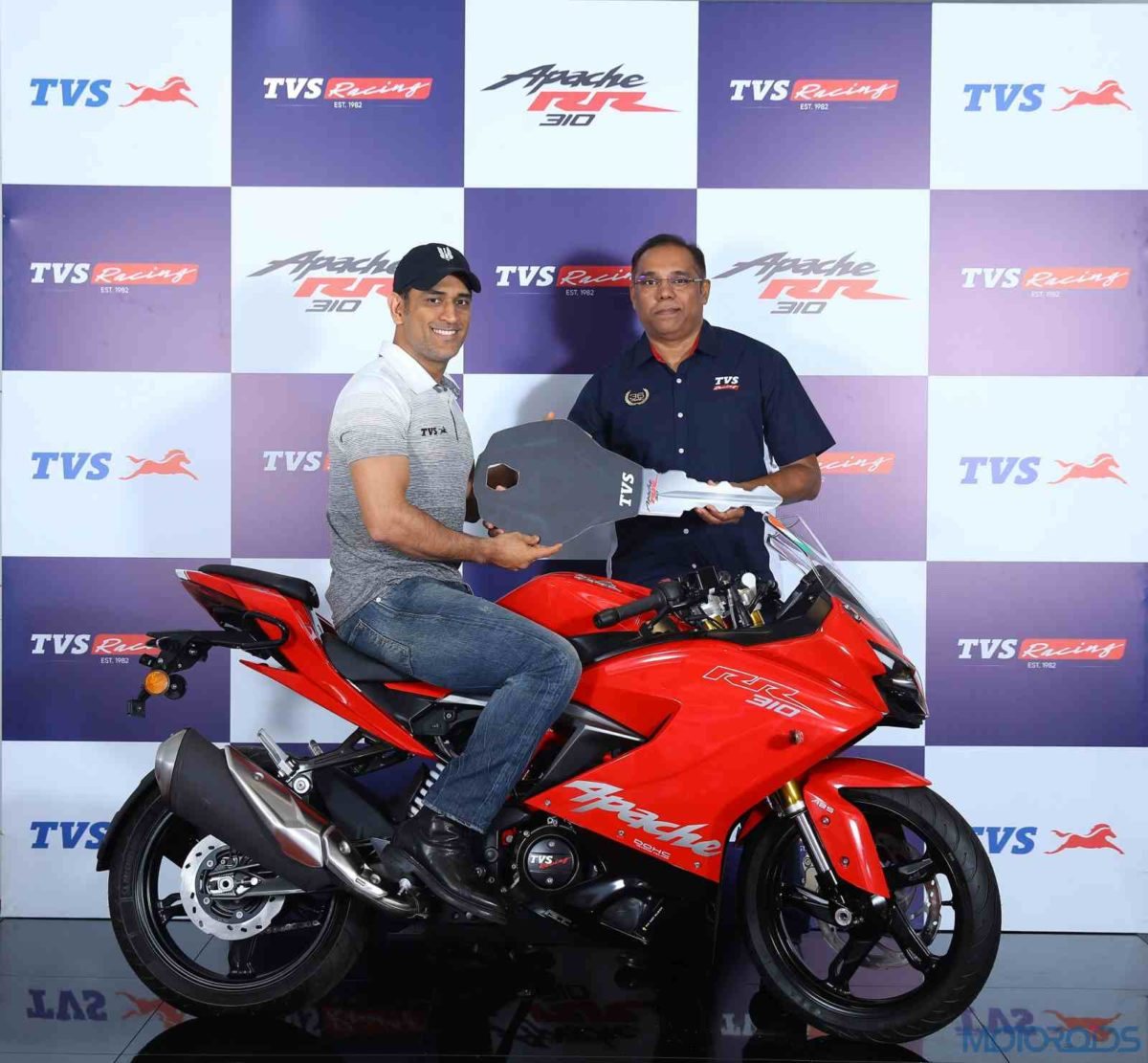 2019 TVS Apache RR 310 With Slipper clutch and Dhoni