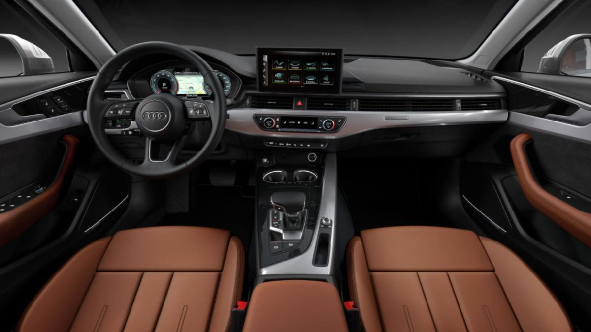 Audi A4 Facelift interior dashboard