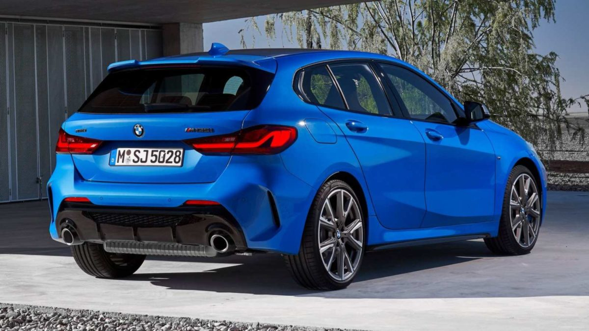 The New Generation Bmw 1 Series Takes The Front Wheel Drive
