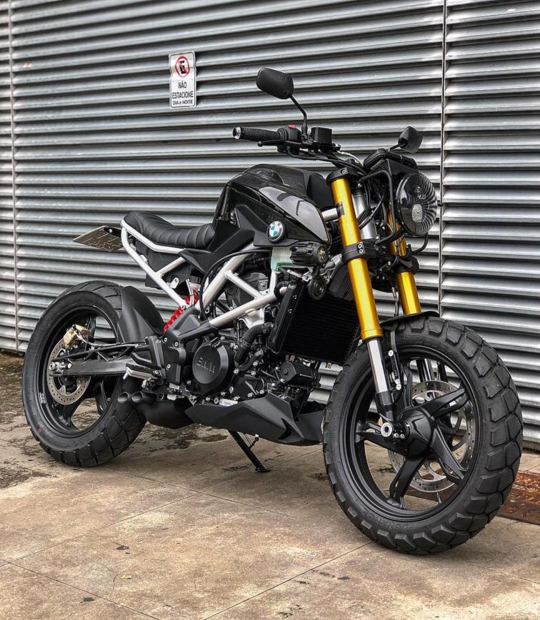 BMW G 310 R modified front quarter