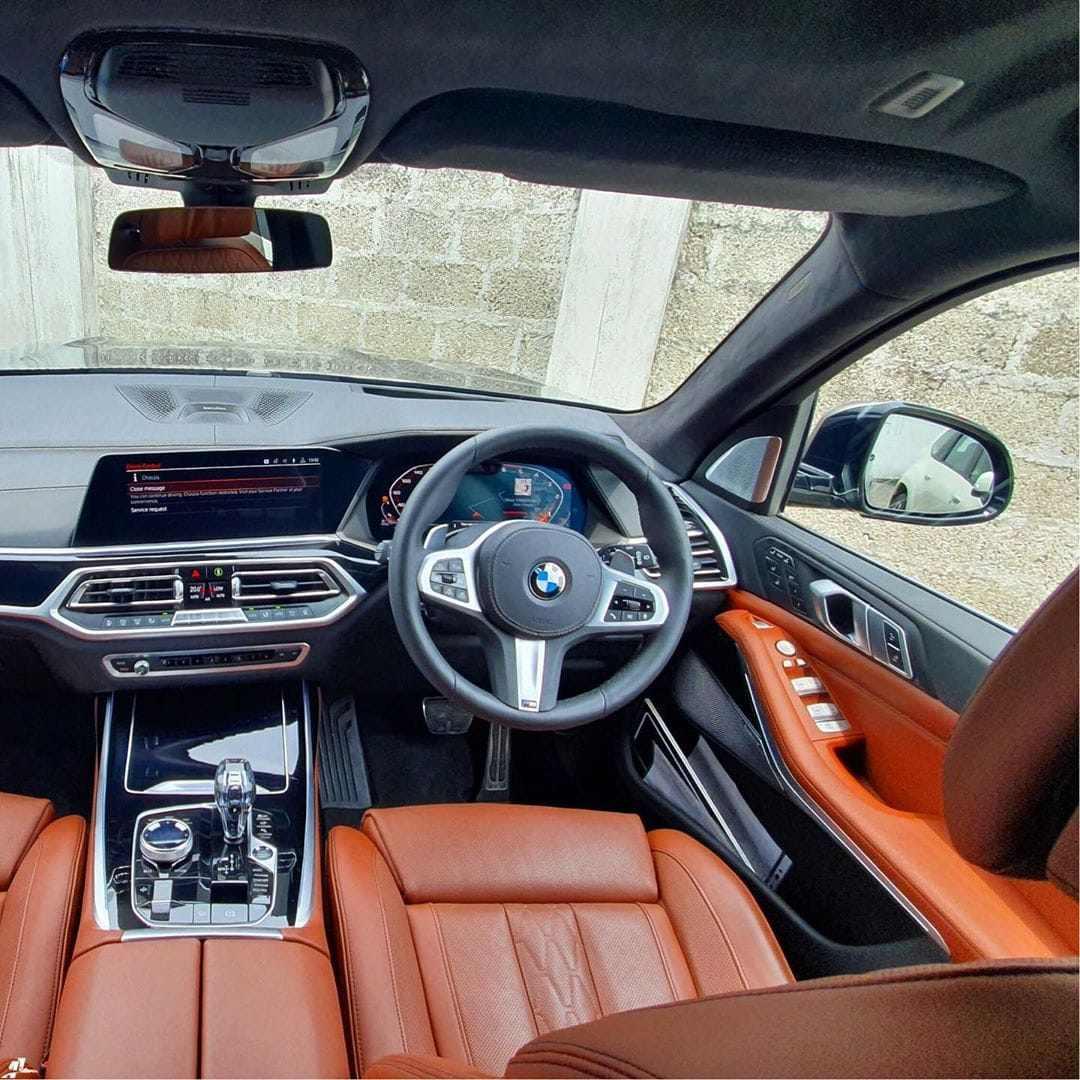 BMW X7 India Spec dashboard
