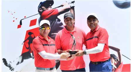 Dr. Kaushal Anand and Sumit Pant, winners of the India leg of Audi quattro Cup 2019 finals with Mr.