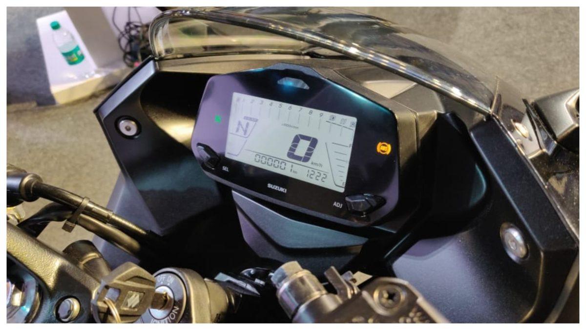 Gixxer SF 150 instrument