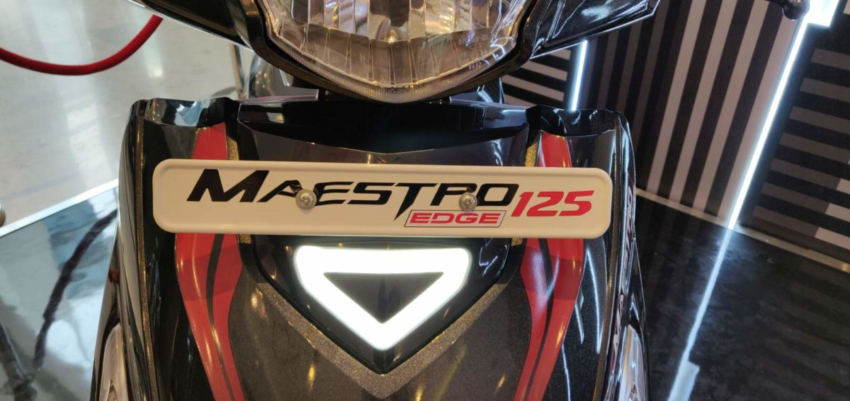 Hero Maestro Edge 125 FI Black LED