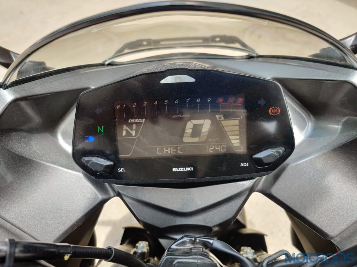 Suzuki Gixxer SF 250 First Ride Review Instrumentation
