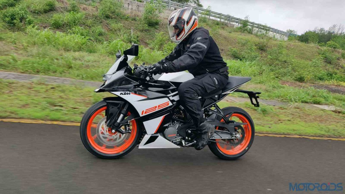 KTM RC 125 ABS Review in motion sideways