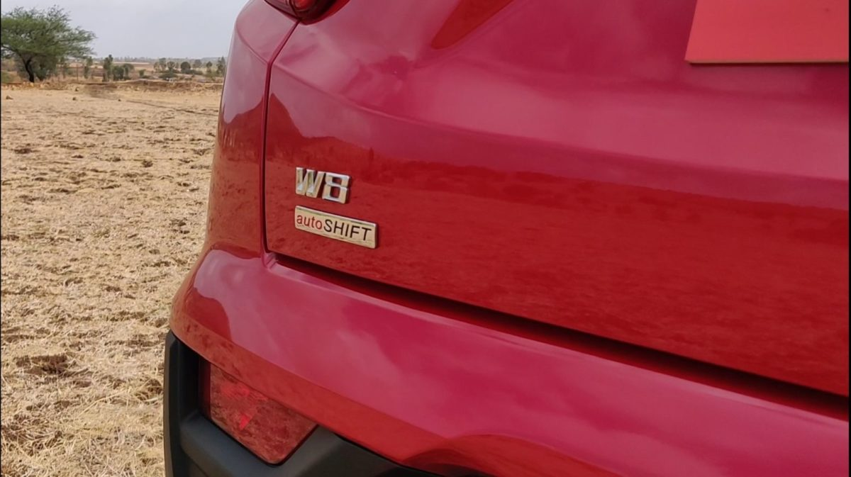 Mahindra XU300 Automatic Review Rear Badge