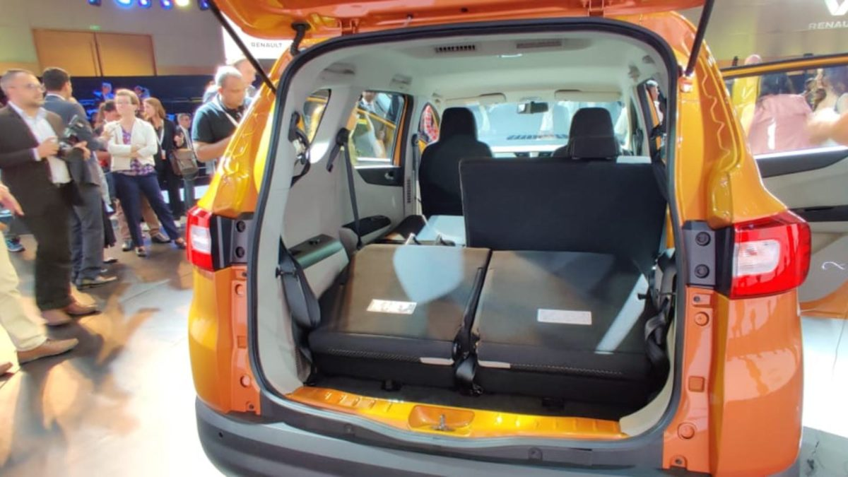 Renault Triber reveal orange boot