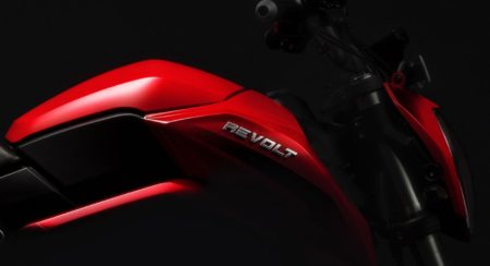 Revolt RV400 1