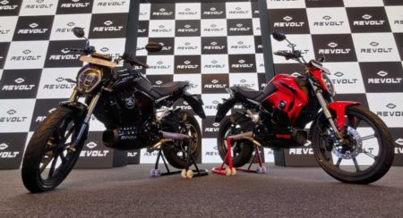 Revolt RV400 unveil low shot black and red