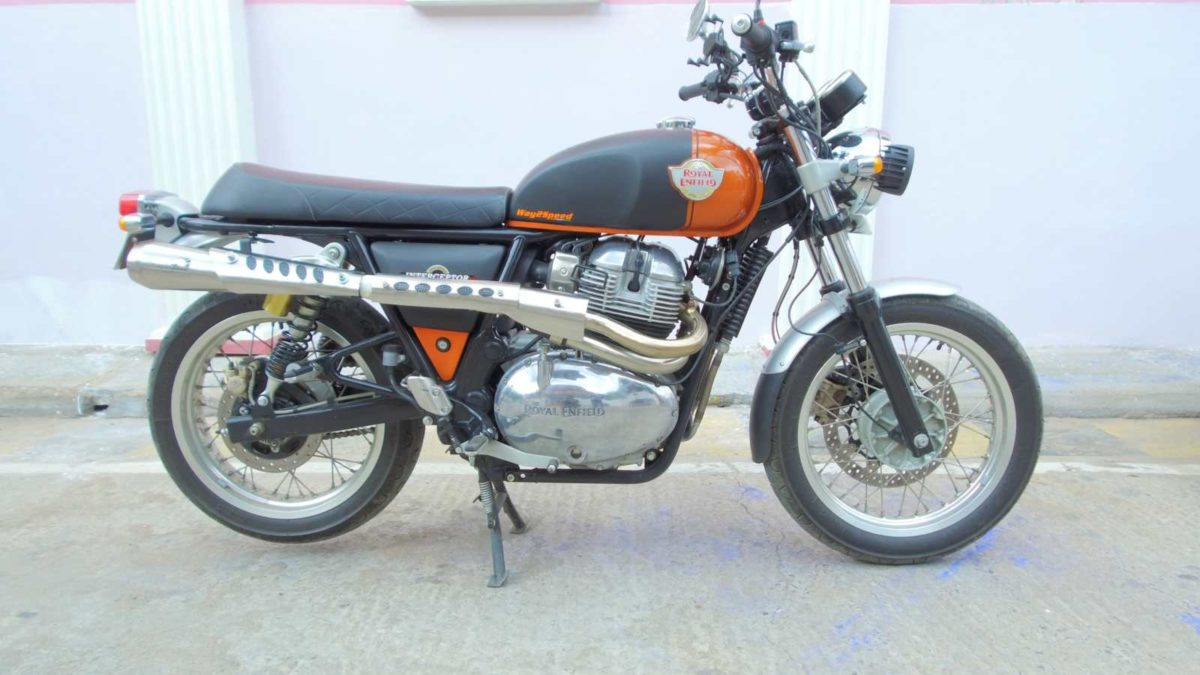 Royal Enfield Interceptor 650 scrambler exhaust side