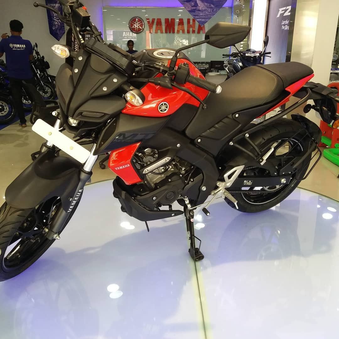 Yamaha MT 15 New colours red
