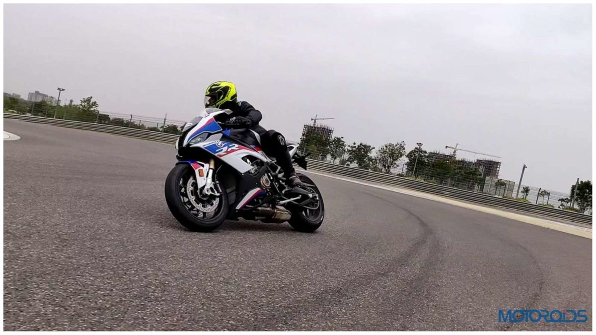 Terrific 2019 Bmw S1000 Rr First Ride Review Motoroids Frankydiablos Diy Chair Ideas Frankydiabloscom