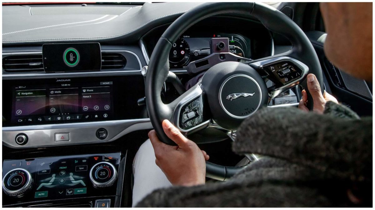 Jaguar Land Rover's new AI tech – Image 01