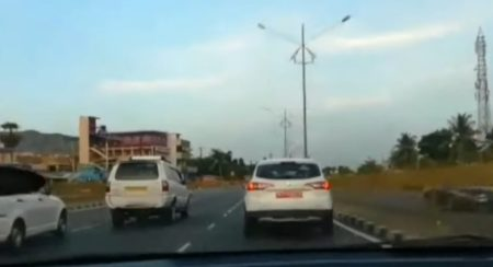 Renault Duster Test Mule at over 100 kmph