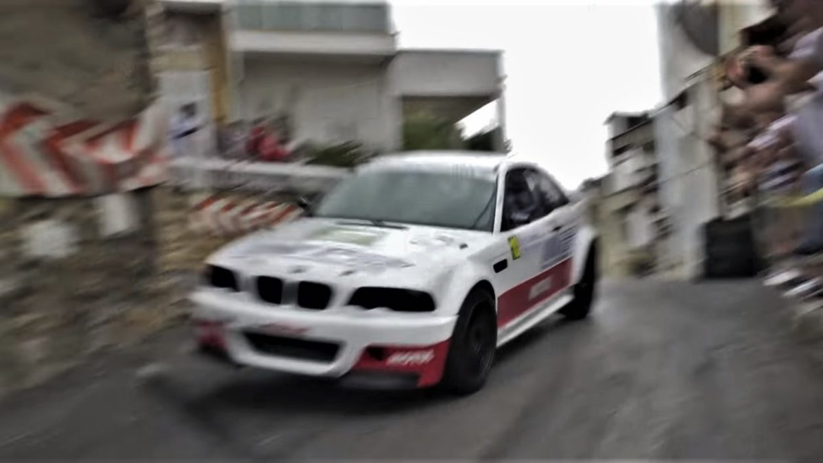 BMW 330 Ci hill climb