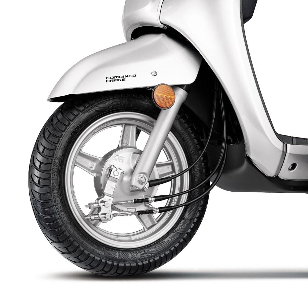 Suzuki Access 125 Drum Brake with Alloy Wheels