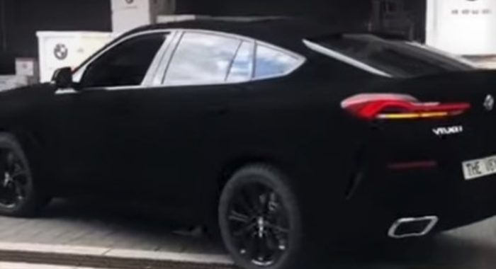 Check Out The Bmw X6 Vantablack As It Absorbs Some Real