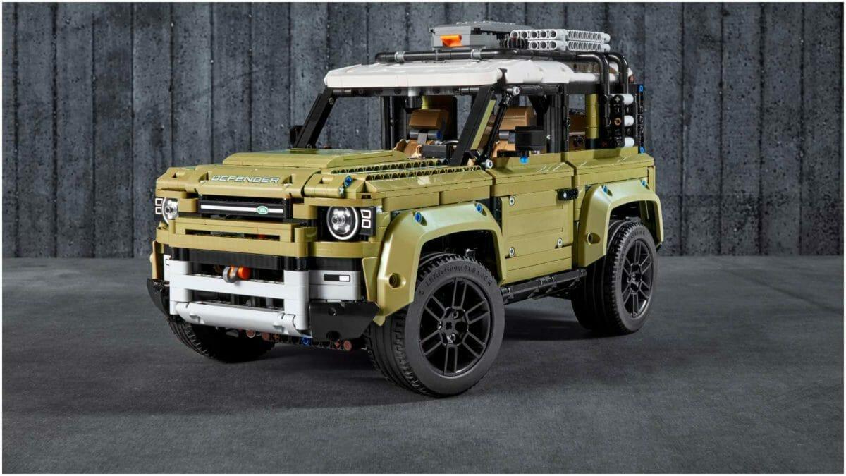 LEGO Land Rover Defender 1