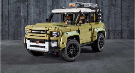 LEGO Land Rover Defender 1