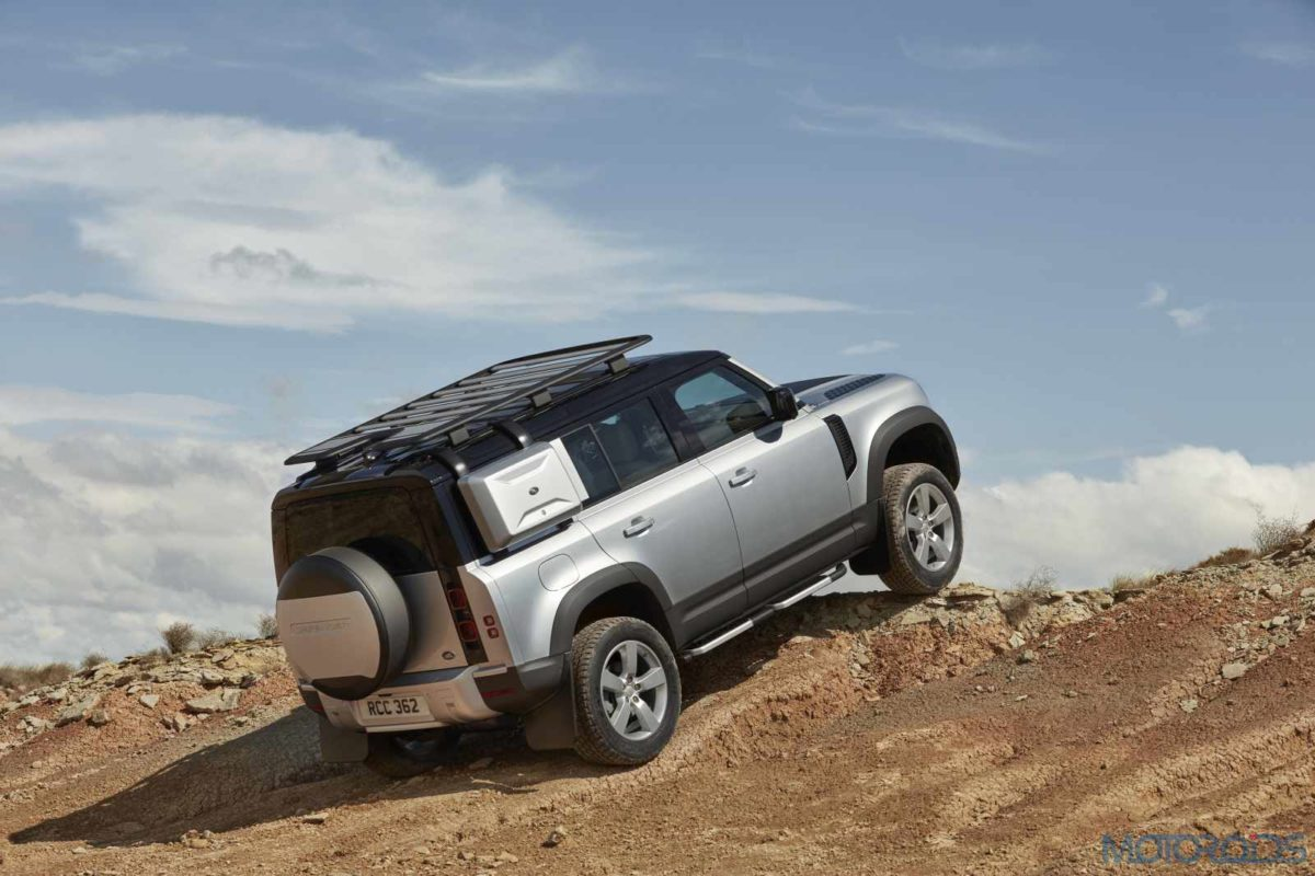 LR_DEF_110_20MY_Off Road_100919_10